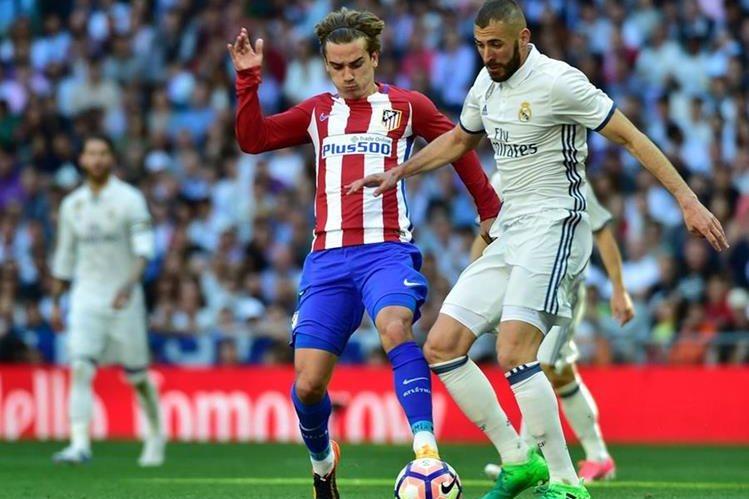 Griezmann fue el jugador que más intentó anotar para los colchoneros y al final marcó el empate. (Foto Prensa Libre: AFP)