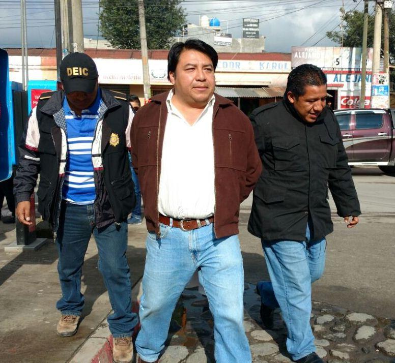 Melvin Pérez Hernández, hermano del exconcejal de Xela, capturado por las fuerzas de seguridad. (Foto Prensa Libre: PNC)