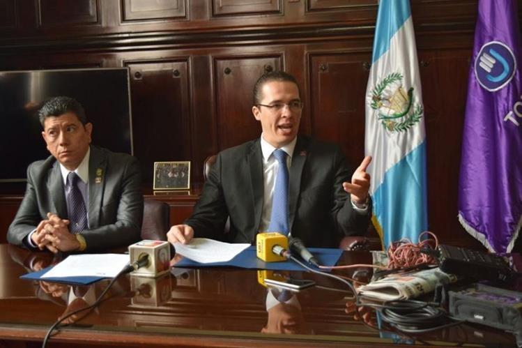 Bancada Todos presenta iniciativa contra las maras (Foto Prensa Libre: Cortesía bloque Todos)