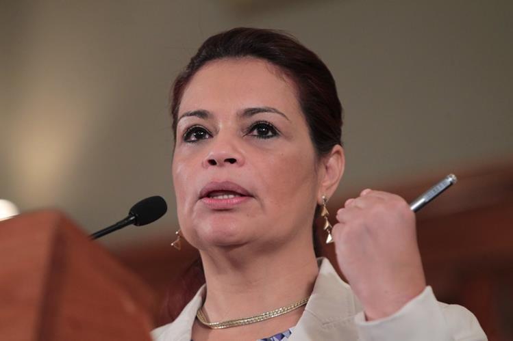 Al menos 18 propiedadas vinculadas a Roxana Baldetti serían allanadas por el MP. (Foto Prensa Libre: Hemeroteca PL)