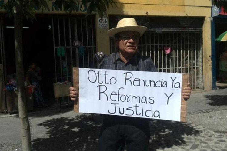 Grupos sociales y organizaciones convocan a los guatemaltecos para manifestar durante la semana en la capital. (Foto Prensa Libre: P. Raquec)
