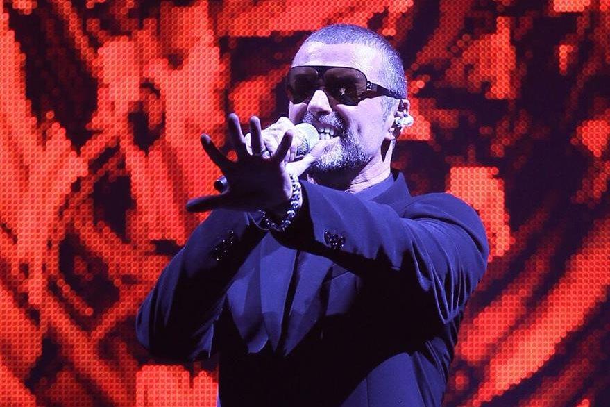 George Michael durante una gira europea en la ciudad francesa de Niza, en septiembre de 2011. (Foto Prensa Libre: AFP)