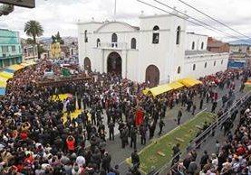 La procesión  del primer jueves de cuaresma salió del Santuario Arquidiocesano del Señor San José, en la zona 1. (Foto Prensa Libre: Rodrigo Méndez)