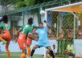Siquinalá es hasta el momento el equipo que más goles ha recibido en el torneo Apertura 2017. (Prensa Libre: Hemeroteca PL)