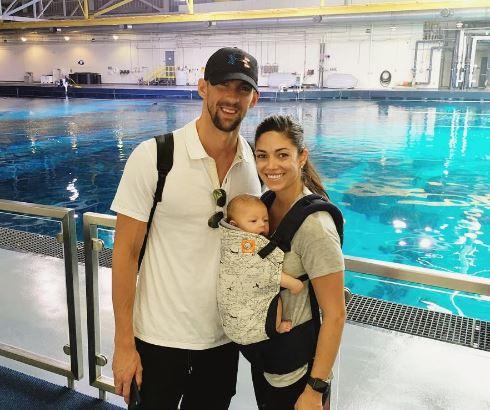 Michael Phelps juntó a su esposa Nicole Johnson y su pequeño hijo Boomer. (Foto Prensa Libre: Instagram)