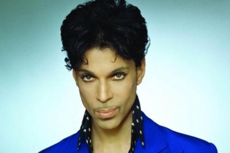 El cantante estadounidense Prince suspende conciertos. (Foto Prensa Libre: EFE)