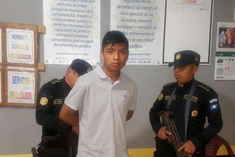 Fredy Francisco Martínez fue capturado en Santa Ana Huista. (Foto Prensa Libre: Cortesía PNC).