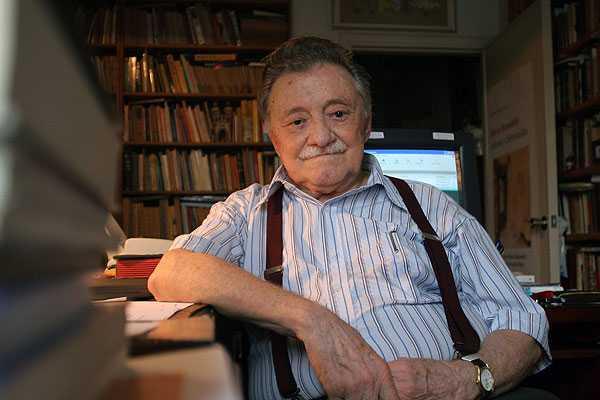 Mario Benedetti nació 14 de septiembre de 1920, en Uruguay. (Foto Prensa Libre: Hemeroteca PL)