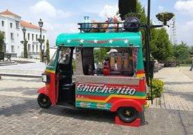 El Chucheritos es una réplica de un autobús extraurbano de los trnasportes Esmeralda.(Foto Prensa Libre: Yanira Alvizurez)