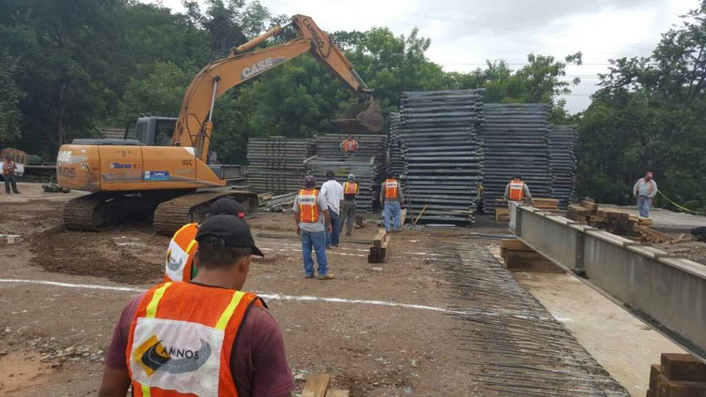 Piezas que son utilizadas para armar la estructura en Gualán, Zacapa. (Foto Prensa Libre: Víctor Gómez).