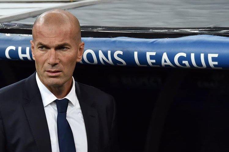 Zinedine Zidane ya prepara el siguiente partido merengue. (Foto Prensa Libre: AFP)