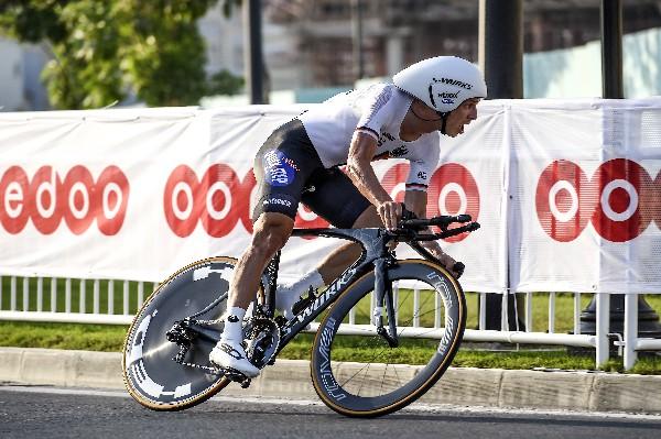 El ciclista alemán Tony Martin se adjudicó la contrarreloj en el mundial de Doha. (Foto Prensa Libre: AP)