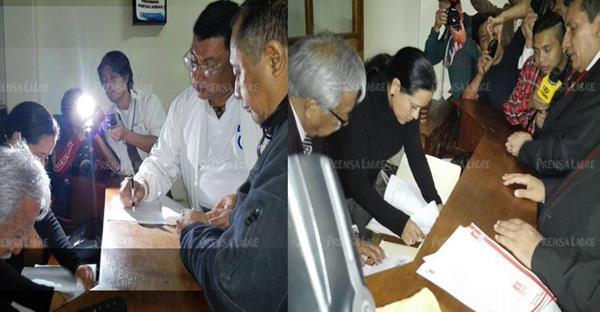 Integrantes de UCN y Líder inscriben a sus candiadatos presidenciables ante el TSE. (Foto Prensa Libre, E. Bercían)