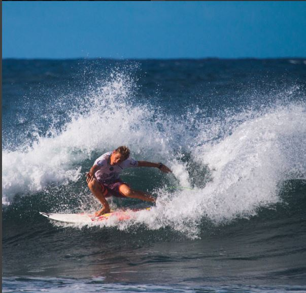 Venezia era una joven promesa del surf en Barbados. (Foto tomada de instagram)