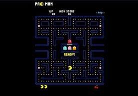 El videojuego arcade creado por el diseñador de videojuegos Toru Iwatani de la empresa Namco, se basa en la forma de una pizza con un trozo faltante, es distribuido por Midway Games al mercado estadounidense a principios de los años 1980. (Foto Prensa Libre: pacmangratis.net)
