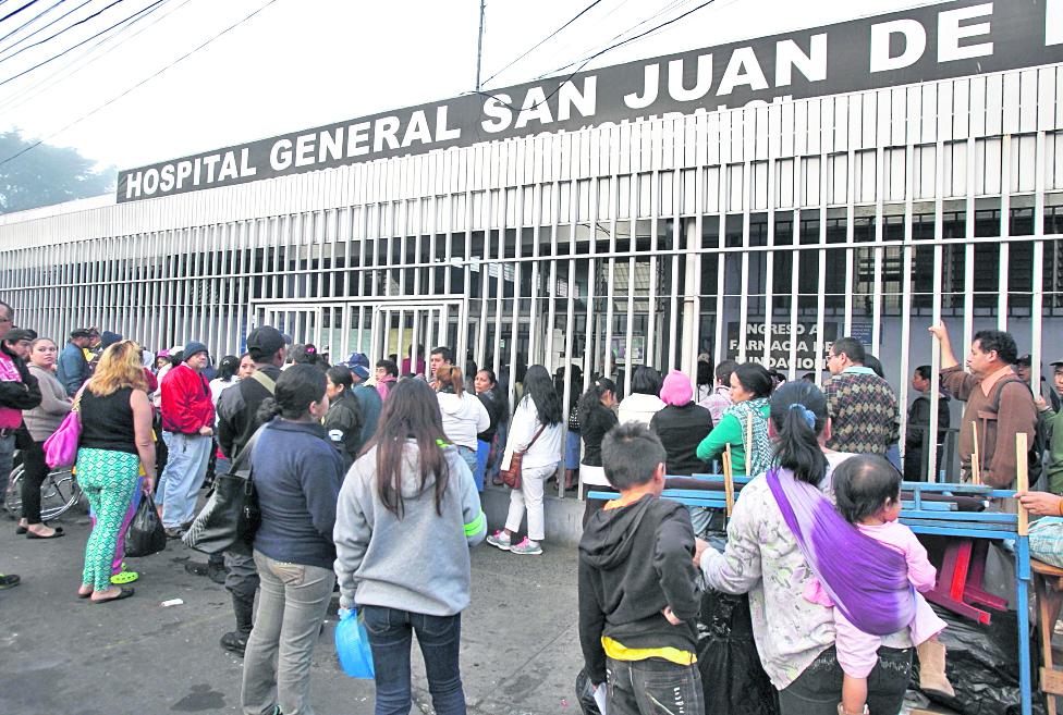 Consulta externa del Hospital San Juan de Dios. (Foto Prensa Libre: HemerotecaPL)