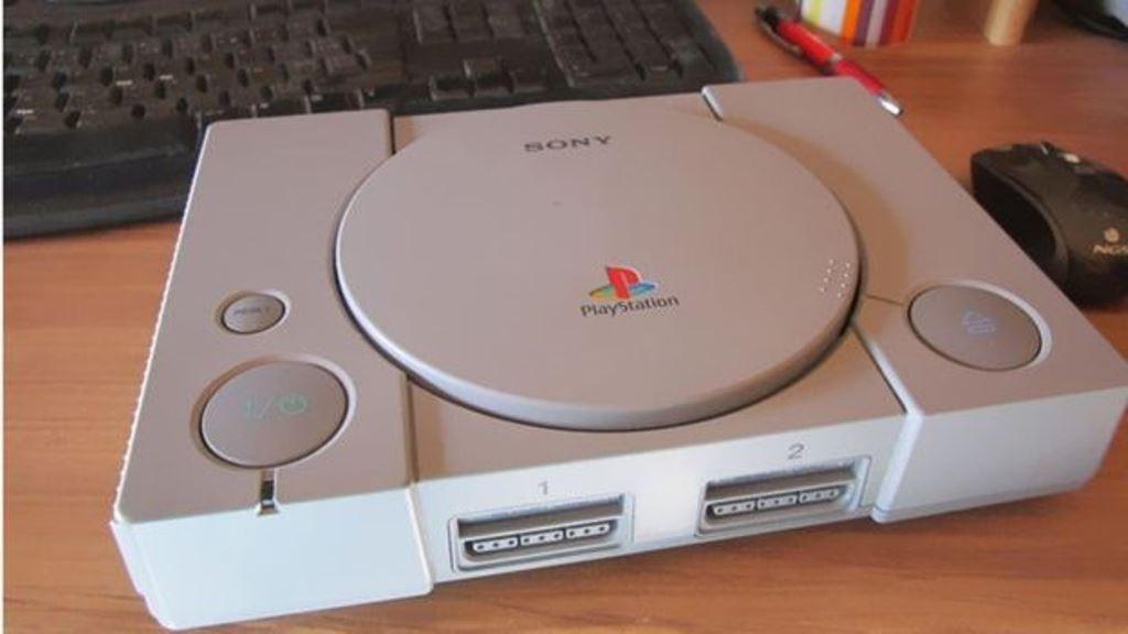La videoconsola de Sony también tiene gran demanda en la red. EBAY