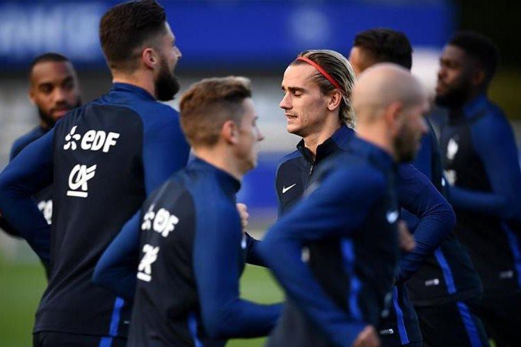 Francia intentará asegurar su pase a la siguiente ronda. (Foto Prensa Libre: AFP)