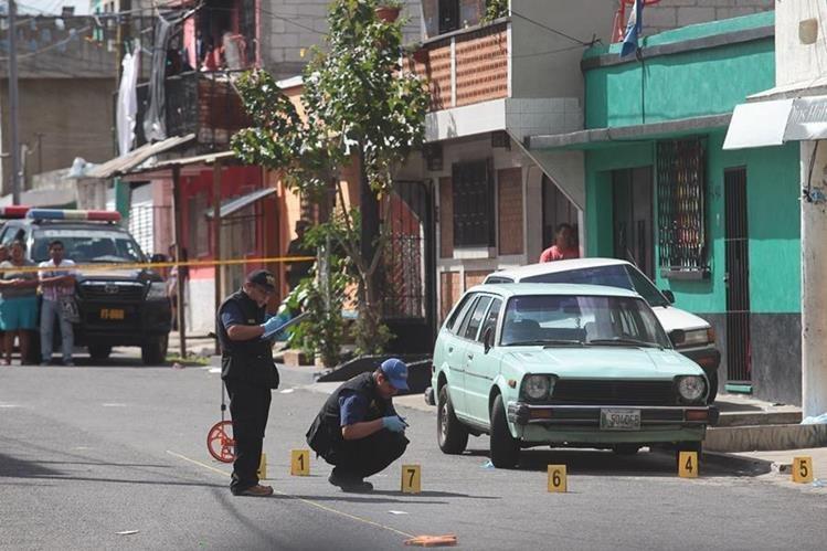 El reporte policial señala que se cometieron 129 homicidios en los primeros nueve meses del año. (Foto Prensa Libre: Hemeroteca PL)