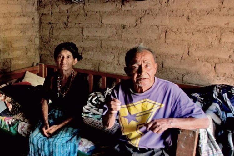 Varias comunidades de Chixoy carecen de servicios básicos, incluida la enegía eléctrica.