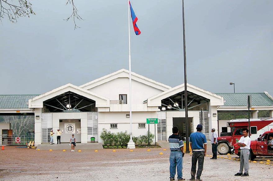 Aduana de Belice en Benque Viejo. (Foto Prensa Libre: Hemeroteca)