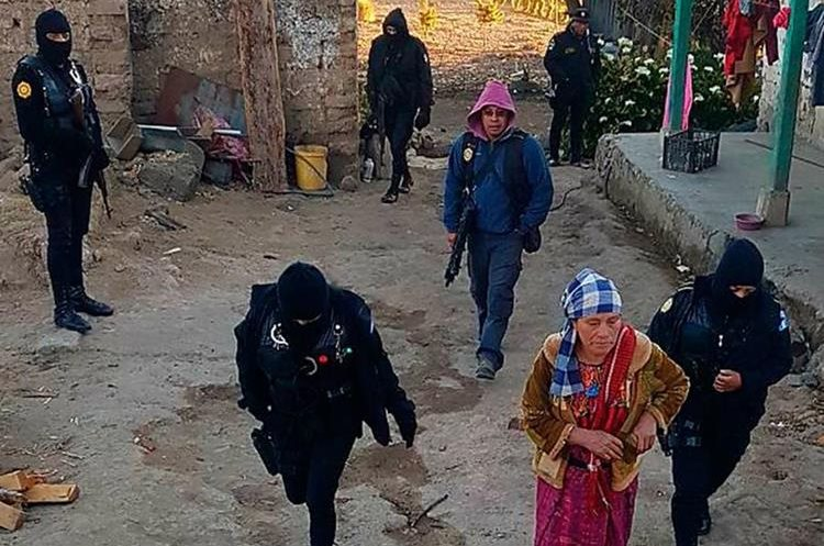 Las capturas se llevaron a cabo en la comunidad Pavitzalán, Ixchiguán, San Marcos. (Foto Prensa Libre: Whitmer Barrera)