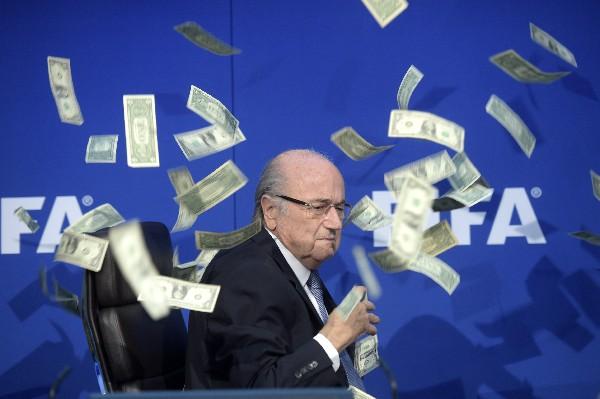 Blatter fue suspendido por seis años. (Foto Prensa Libre: Hemeroteca PL)