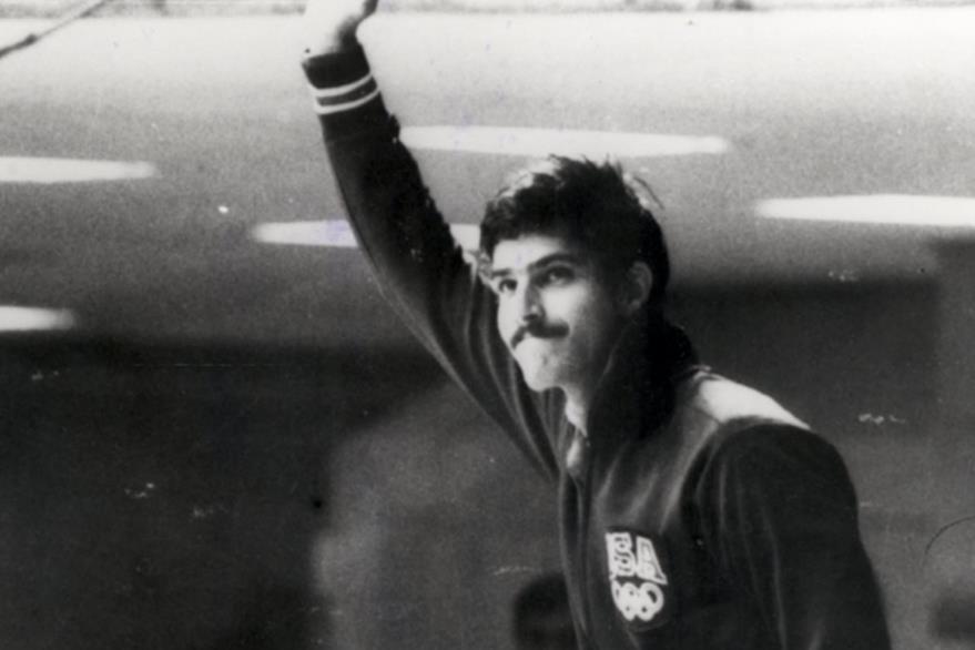 El récord de Mark Spitz quien ganó 7 medallas de oro en unos juegos olímpicos permaneció vigente de 1972 hasta 2008 superado por Michael Phelps quien ganó  8 medallas de oro en  Pekin. (Foto: Hemeroteca PL)