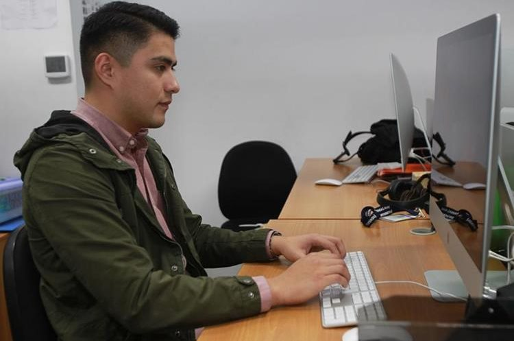 El programa Valentina está dirigido a hombres y mujeres entre 18 y 24 años. (Foto Prensa Libre: Estuardo Paredes)