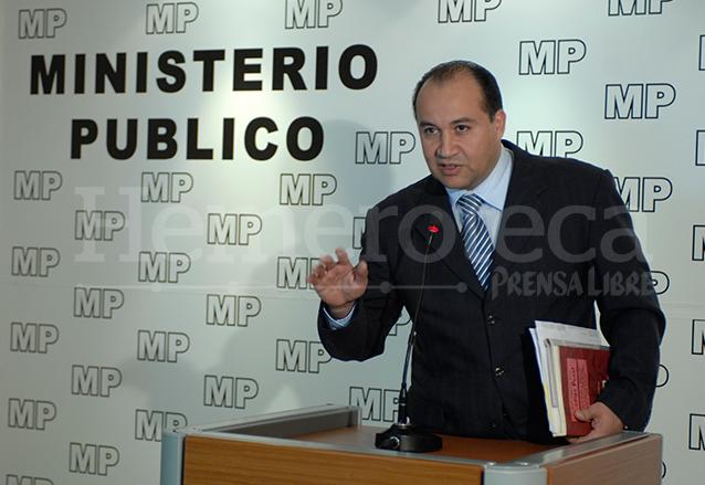 Conrado Reyes fue designado por el presidente Álvaro Colom como Fiscal General y Jefe del Ministerio Público. Reyes rechazó los señalamientos de Castresana, jefe de la Cicig. (Foto: Hemeroteca PL)