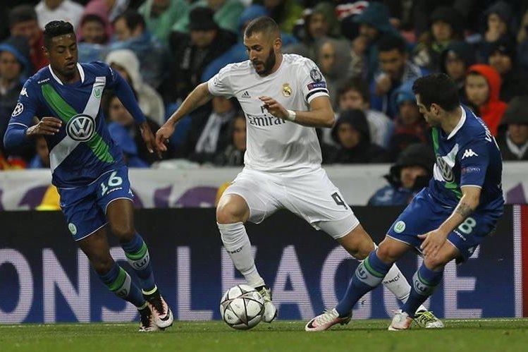 El delantero francés Karim Benzema vive su mejor temporada con el Real Madrid. (Foto Prensa Libre: AP)