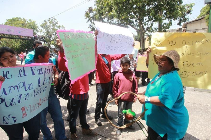 Guatemala invierte en promedio un 7 por ciento del PIB. (Foto Prensa Libre: Hemeroteca PL)