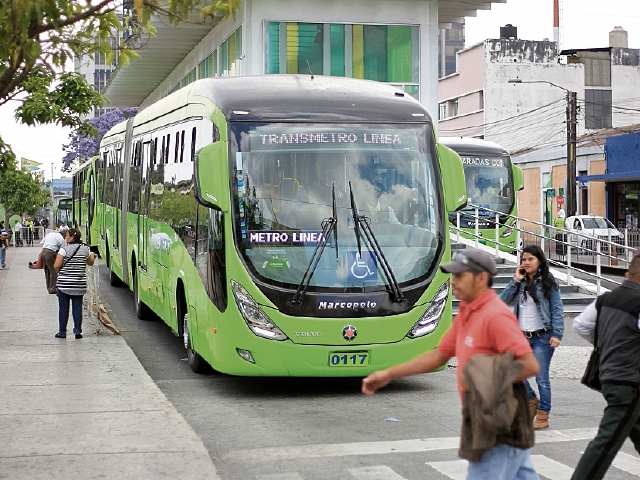 Los nuevos autobuses reemplazarán unidades deterioradas que circulan en el sur de la ciudad.