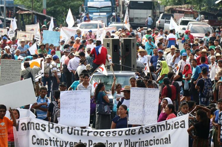 Protesta en Cocales. (Foto Prensa Libre: Cristian Icó)