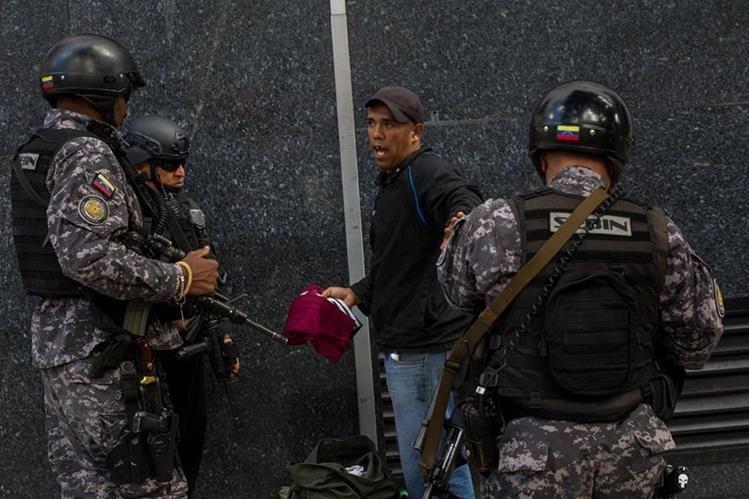 Venezuela se encuentra sumida en una crisis de violencia común. (Foto Prensa Libre: EFE).
