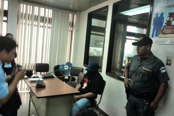 Julio César Mejía García, alias el Voltio, fue condenado por haber asesinado a una maestra. (Foto Prensa Libre: MP)