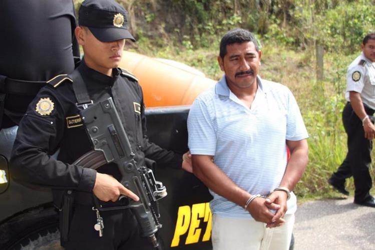 Jaime Antonio Méndez, de 39 años, fue capturado en el barrio Fallabon, Melchor de Mencos, Petén. (Foto Prensa Libre: Manuel Romero)