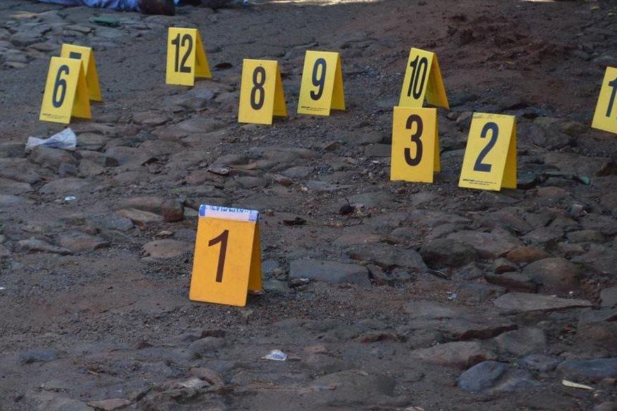 MP cuantifica evidencias en la escena del crimen registrado este martes en Malacatán, San Marcos. (Foto Prensa Libre: Alexánder Coyoy)