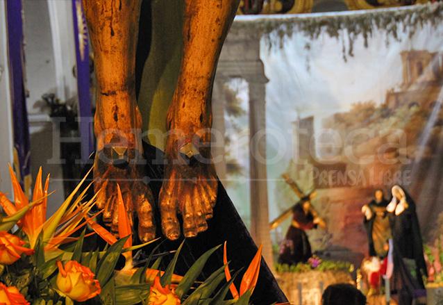 Detalle de los pies del Cristo de la Agonía de la Iglesia La Merced. (Foto: Néstor Galicia)