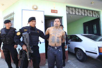 Durante allanamientos en San Miguel Petapa, el 1 de abril fueron detenidos varios pandilleros.( Foto Prensa Libre: Hemeroteca PL)