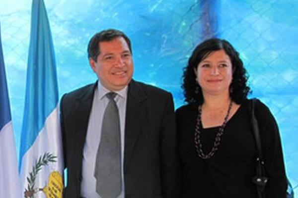 <p>Ricardo René Herrera junto a su esposa Edna Asunción Cano. (Foto Prensa Libre: Archivo)</p>