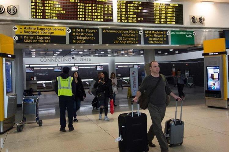 Por seguridad nacional analizan prohibir las computadoras en los vuelos a EE.UU. (Foto Prensa Libre: Hemeroteca PL)