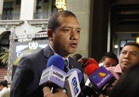El ministro de Gobernació, Francisco Rivas Lara asegura que la violencia de la temporada no tiene relación con el retiro del Ejército de las calles. (Foto Prensa Libre: Paulo Raquec)