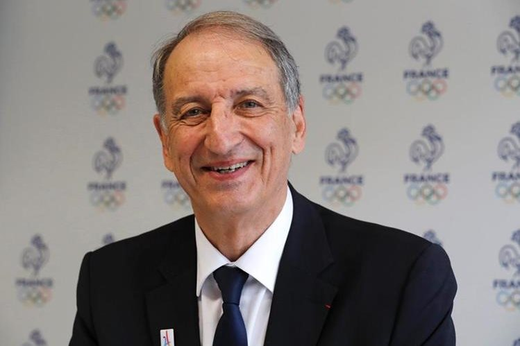 Denis Masseglia sonríe luego de ser reelegido como Presidente del Comité Olímpico Francés. (Foto Prensa Libre: AFP)