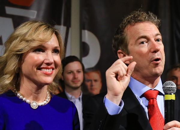 Chris Christie y Carly Fiorina anunciaron la suspensión de sus campañas.