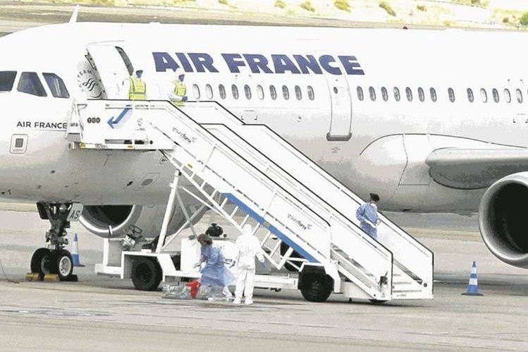 La bomba falsa fue hallada en el interior de un avión de Air France. (Foto Hemeroteca PL).