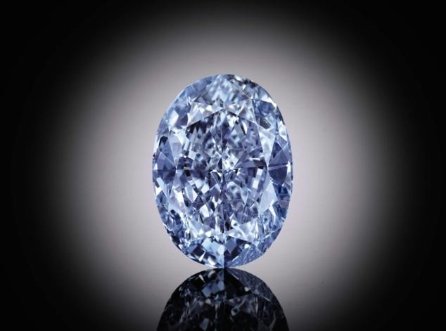 El diamante azul se subastará el próximo 5 de abril. (Foto Prensa Libre:www.dailymail.co.uk)
