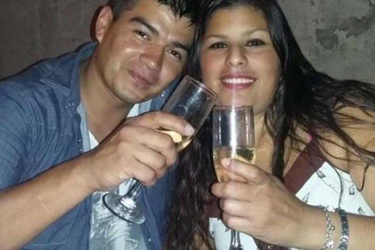 Diego Loscalzo acompañado de su esposa Romina Maguna a quién asesino junto a 5 personas.