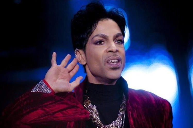 Personas deben presentar documentación que demuestre que son familiares de Prince, según la oficina que administra los bienes del cantante.