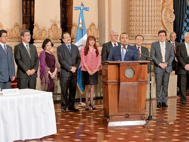 El Directorio de SAT fue nombrado por el presidente Jimmy Morales en febrero y días después al jefe de SAT, luego que el proceso quedó rezagado.